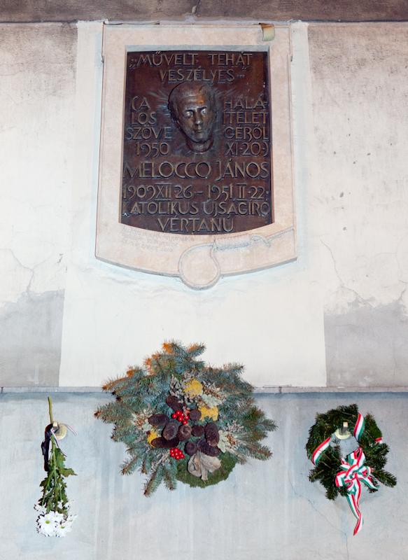 Melocco János emléktáblájának koszorúzása