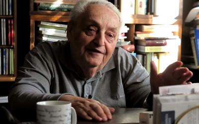 ElhunytRónayLászló irodalomtörténész, kritikus